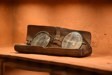 katyn-museum-brille