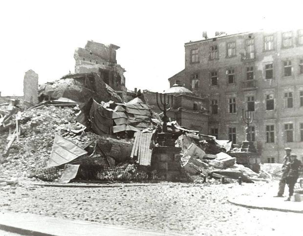 synagoge-warschau-zerstoerung